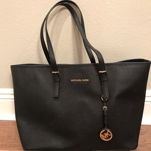 Michael Kors large Jetsetter purse